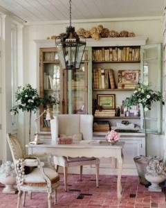 A lovely writing space!